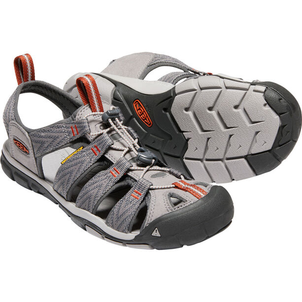 Keen Clearwater CNX Sandals Herr grey flannel/potters clay