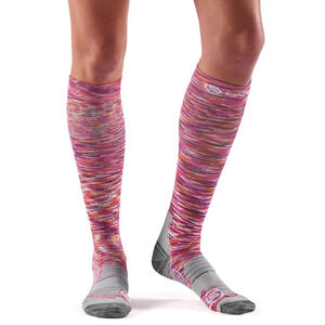 Skins Essentials-Active Compression Socks Dam strata strata