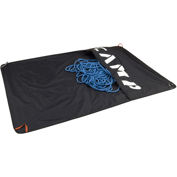 Camp Rocky Carpet black