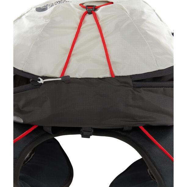 The North Face Chimera 24 Backpack asphalt grey/tin grey