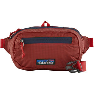 Patagonia Ultralight Black Hole Mini Hip Pack rincon red rincon red