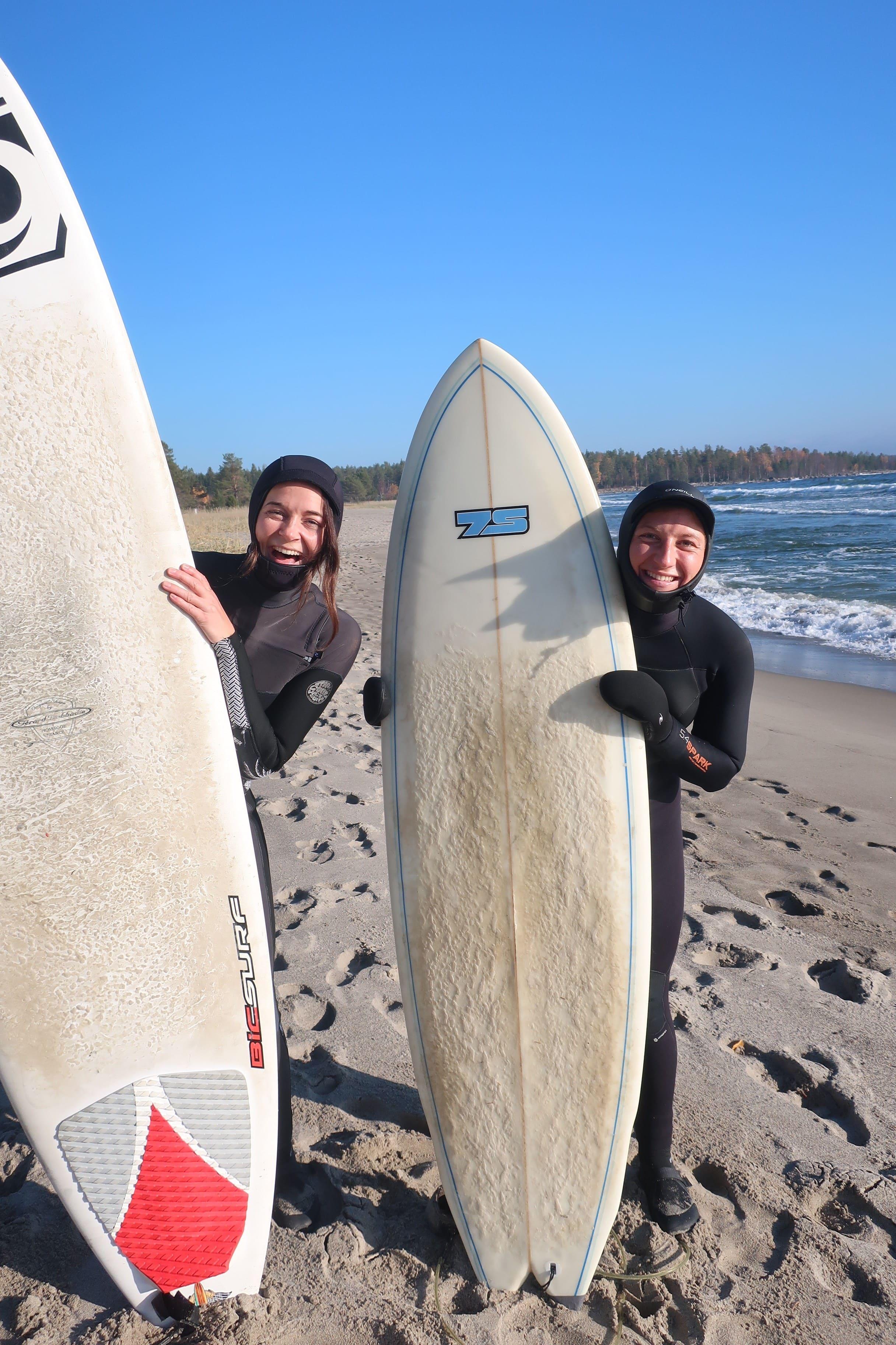 On Edge surfing