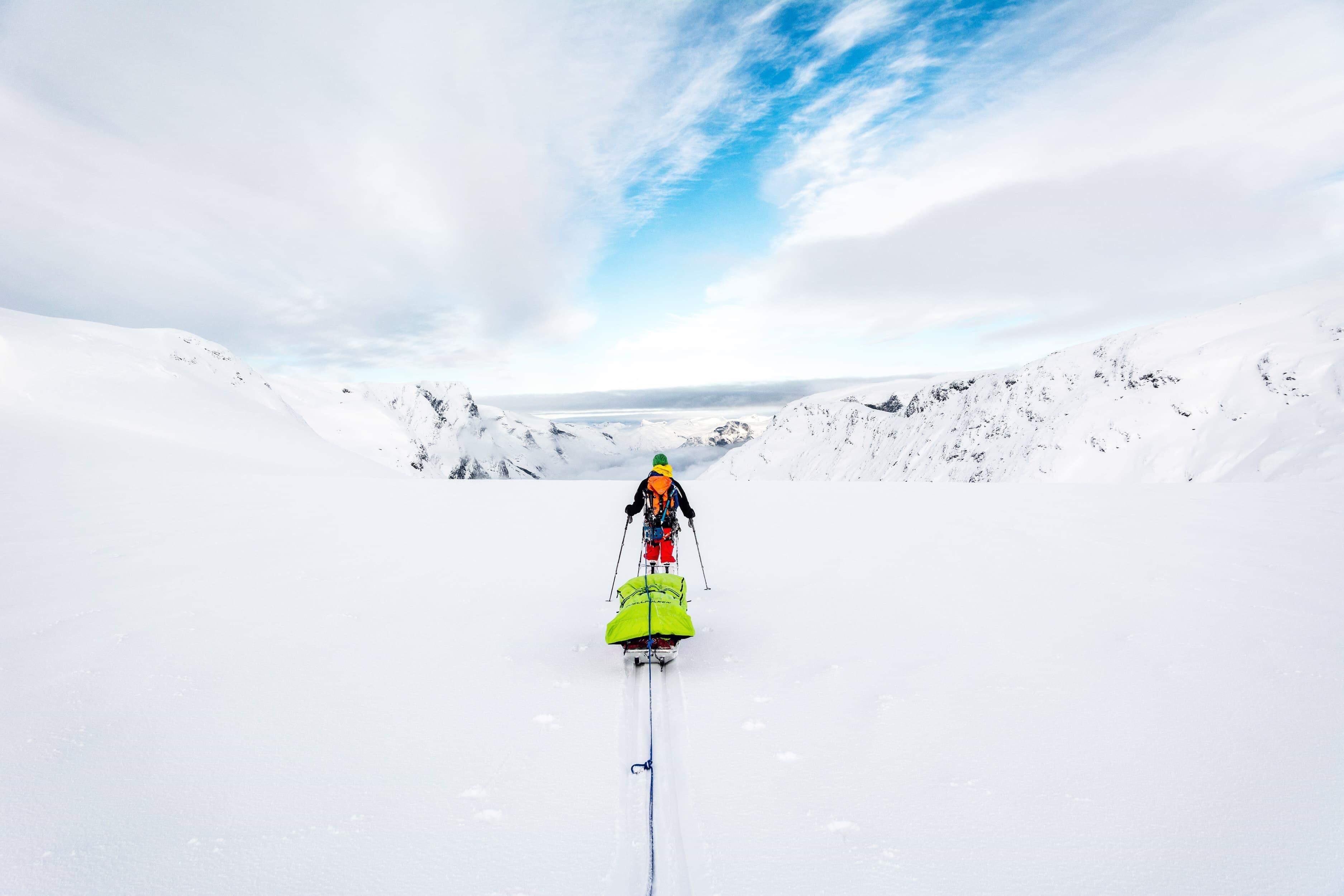 På skidor över Svalbard
